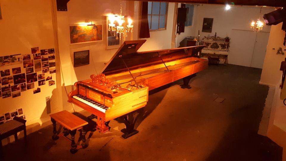 Alexander Piano